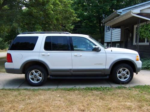 2002 ford explorer xlt 4x4 for sale in galesburg michigan. Black Bedroom Furniture Sets. Home Design Ideas