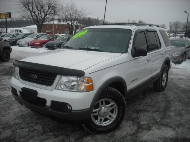 2002 ford explorer xlt for sale in tallmadge ohio classified. Black Bedroom Furniture Sets. Home Design Ideas