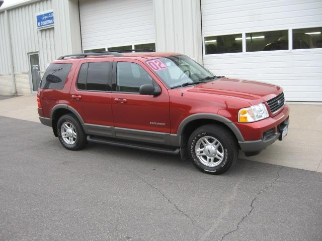 2002 ford explorer xlt for sale in winona minnesota classified. Black Bedroom Furniture Sets. Home Design Ideas
