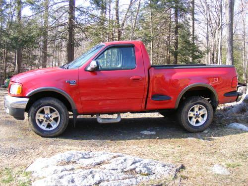 2002 ford f150 4x4 v8 only 85 000 or trade for 1000cc bike for sale in oxford connecticut. Black Bedroom Furniture Sets. Home Design Ideas