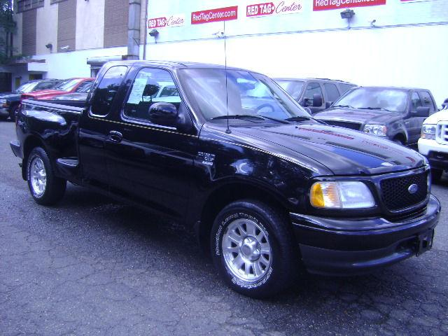 2002 ford f150 xlt supercab flareside for sale in capitol heights maryland classified. Black Bedroom Furniture Sets. Home Design Ideas