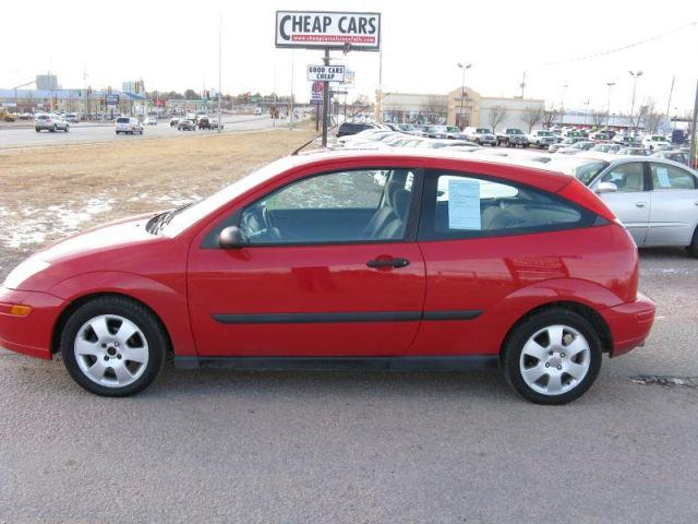 2002 ford focus zx3 for sale in sioux falls south dakota. Black Bedroom Furniture Sets. Home Design Ideas