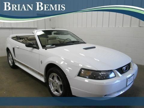 2002 ford mustang 2 door convertible for sale in sycamore. Black Bedroom Furniture Sets. Home Design Ideas