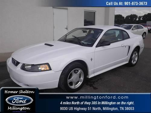 2002 Ford Mustang Coupe BASE