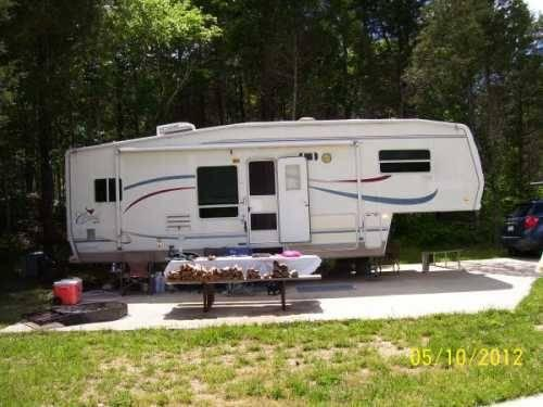2002 Forest River Cardinal 5th Wheel in Pevely, MO