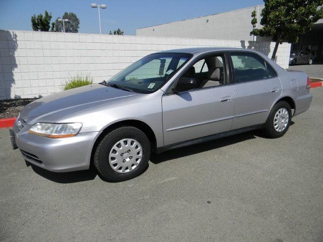 Used 2002 honda accord sedan pricing for sale edmunds for Vip honda nj