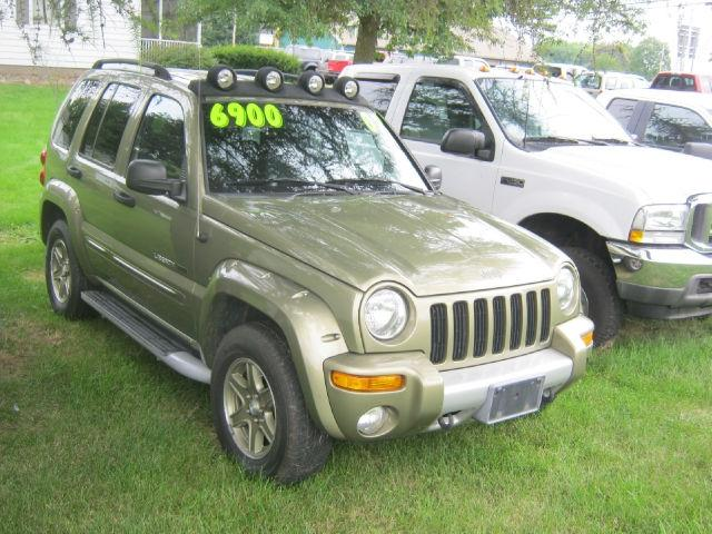 2002 jeep liberty renegade for sale in bergen new york classified. Black Bedroom Furniture Sets. Home Design Ideas