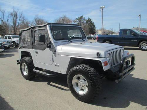 2002 jeep wrangler soft top automatic for sale in fayetteville arkansas classified. Black Bedroom Furniture Sets. Home Design Ideas