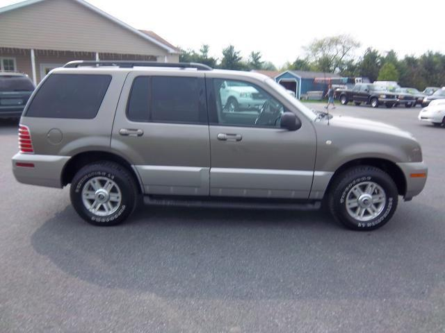 2002 mercury mountaineer for sale in lebanon pennsylvania classified. Black Bedroom Furniture Sets. Home Design Ideas
