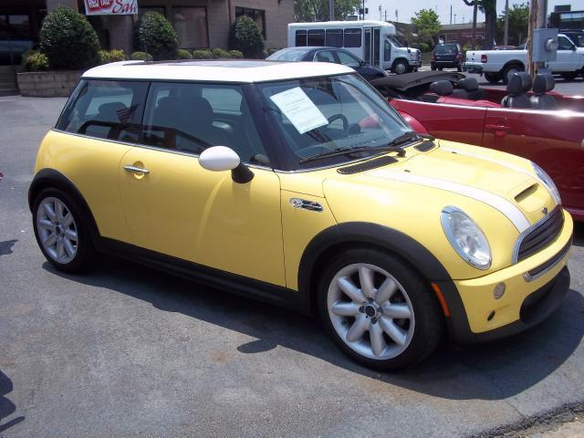 2002 mini cooper s for sale in rome georgia classified. Black Bedroom Furniture Sets. Home Design Ideas