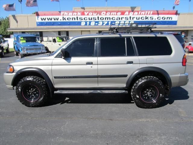 2002 Mitsubishi Montero Sport LS for Sale in Collinsville, Oklahoma Classified | AmericanListed.com