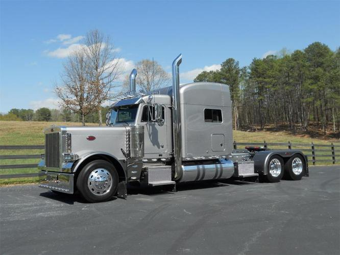 2002 Peterbilt 379exhd For Sale In Houston Texas