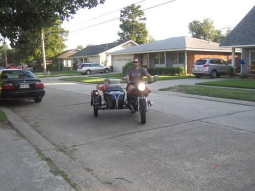 2002 Ural Bavarian Classic Motorcycle sidecar!