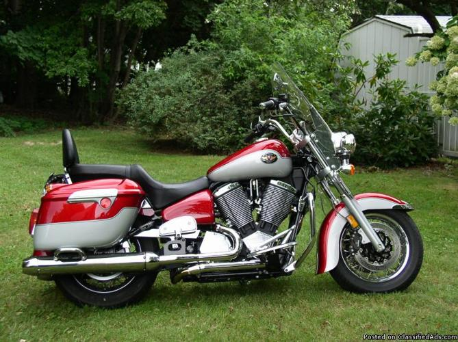 2002 victory v92c deluxe motorcycle for sale in adamsdale pennsylvania classified. Black Bedroom Furniture Sets. Home Design Ideas