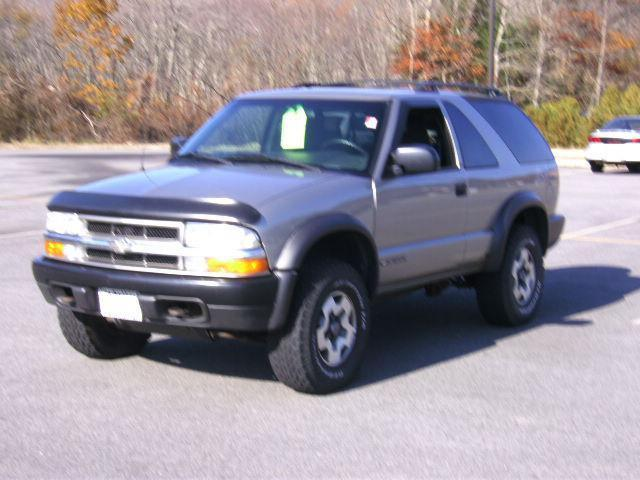2002 chevrolet blazer ls for sale in coventry rhode island classified. Black Bedroom Furniture Sets. Home Design Ideas