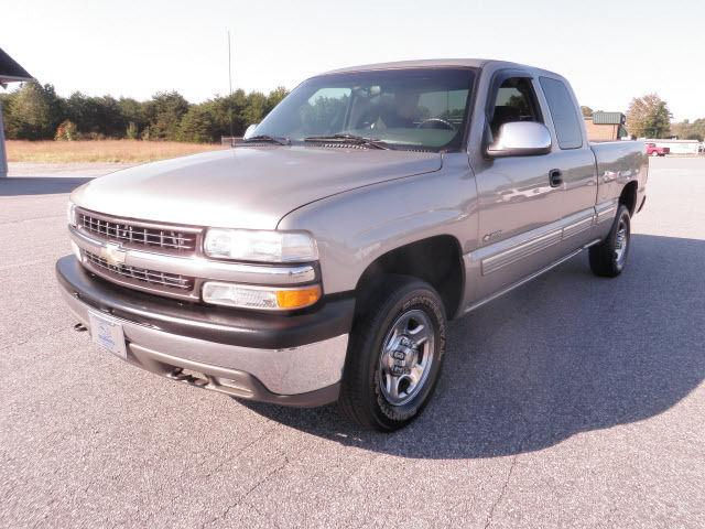 2002 chevrolet silverado 1500 ls for sale in hickory north carolina classified. Black Bedroom Furniture Sets. Home Design Ideas