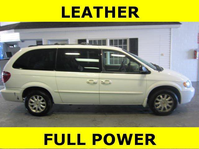 2002 Chrysler Town & Country EX for Sale in Rittman Ohio