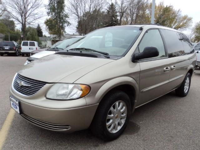 2002 chrysler town country lx for sale in sioux falls south dakota. Cars Review. Best American Auto & Cars Review