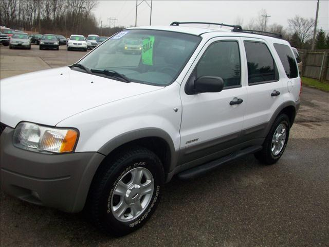 2002 ford escape xlt for sale in holland michigan classified. Black Bedroom Furniture Sets. Home Design Ideas