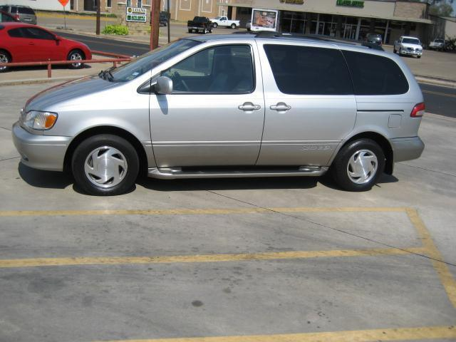 2002 toyota sienna xle for sale in sulphur springs texas classified. Black Bedroom Furniture Sets. Home Design Ideas