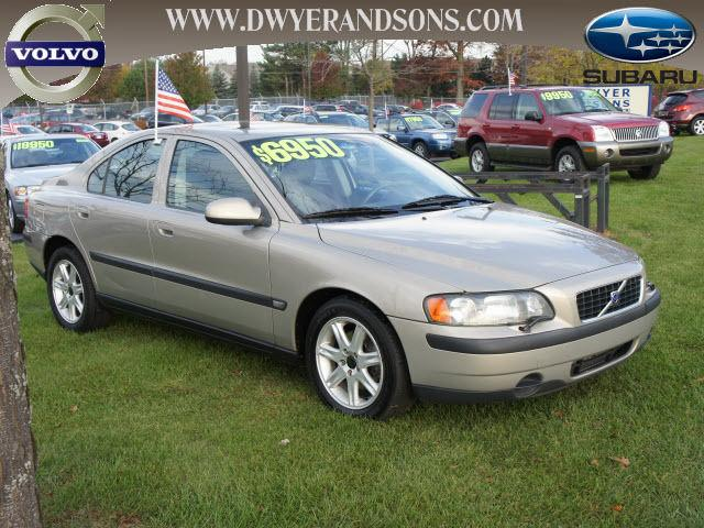 2002 volvo s60 2 4t for sale in commerce township. Black Bedroom Furniture Sets. Home Design Ideas