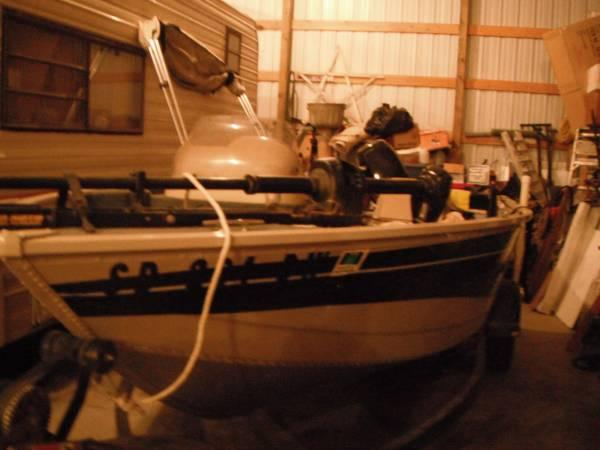2003 165 lowe boat, 50 hp mercury motor, and trailer - $9500