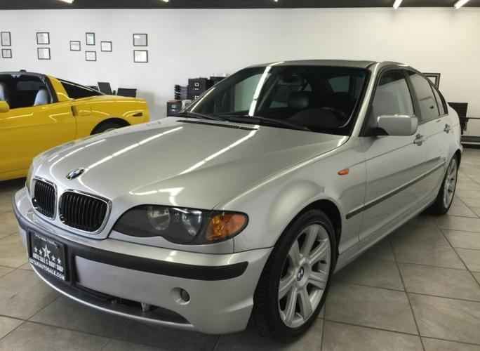 2003 bmw 325i silver sport package loaded auto super clean low miles for sale in gold. Black Bedroom Furniture Sets. Home Design Ideas