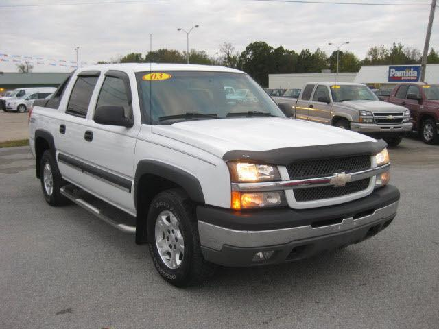 2003 chevrolet avalanche 1500 for sale in mount carmel. Black Bedroom Furniture Sets. Home Design Ideas