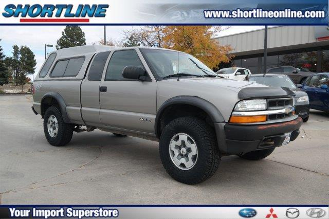 2003 Chevrolet S-10 LS 3dr Extended Cab LS 4WD SB