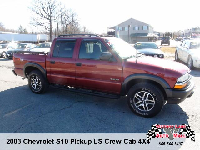 2003 chevrolet s10 pickup ls crew cab 4x4 for sale in pine bush new york classified. Black Bedroom Furniture Sets. Home Design Ideas