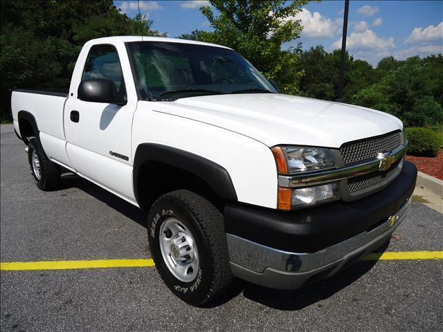 2003 chevrolet colorado truck for Mccloskey motors truck town