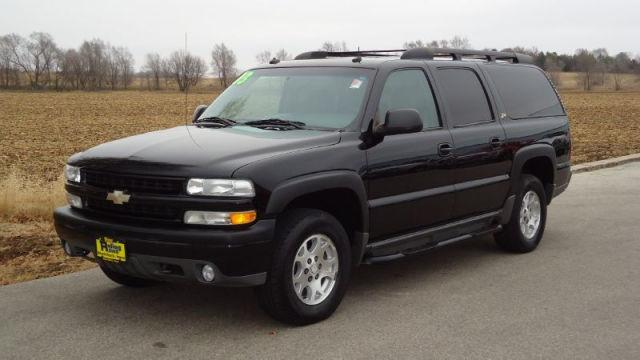 2003 chevrolet suburban 1500 ls for sale in shell rock iowa classified. Black Bedroom Furniture Sets. Home Design Ideas