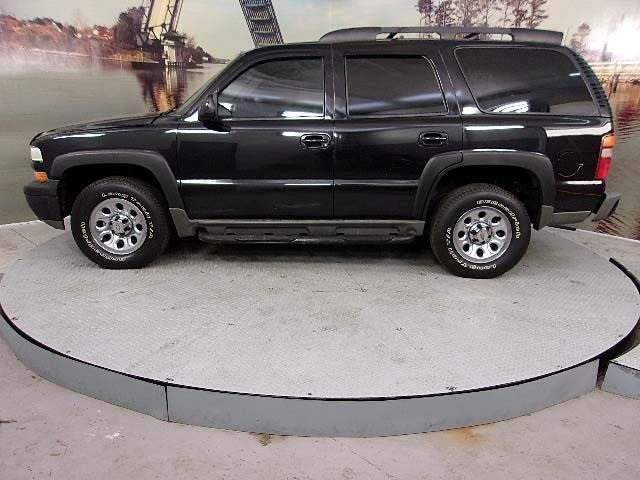 2003 Chevrolet Tahoe Base 4dr 4WD SUV