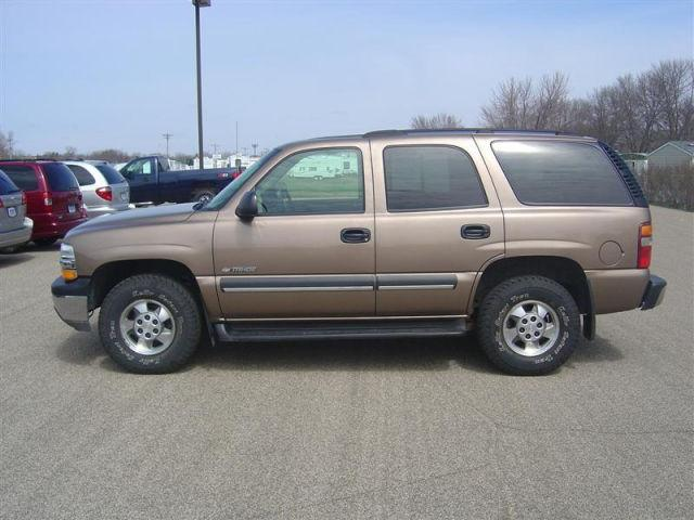 2003 chevrolet tahoe ls for sale in new ulm minnesota classified. Black Bedroom Furniture Sets. Home Design Ideas