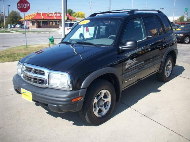 2003 chevrolet tracker zr2 for sale in ames iowa classified. Black Bedroom Furniture Sets. Home Design Ideas