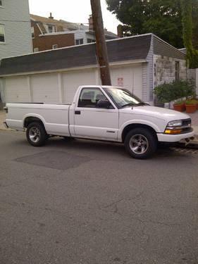 2003 chevy s10 pickup white v6 4 3l 154k mi for sale in. Black Bedroom Furniture Sets. Home Design Ideas