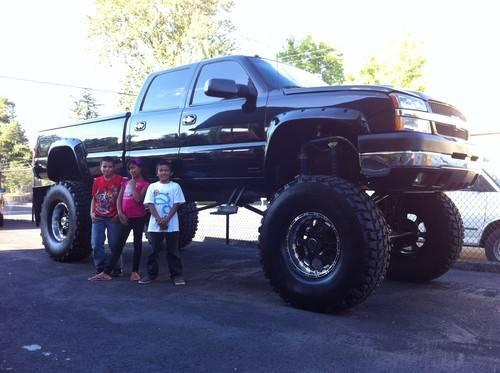 2003 Chevy Silverado 2500hd 8 1l 18 Quot Lift 20 S For Sale