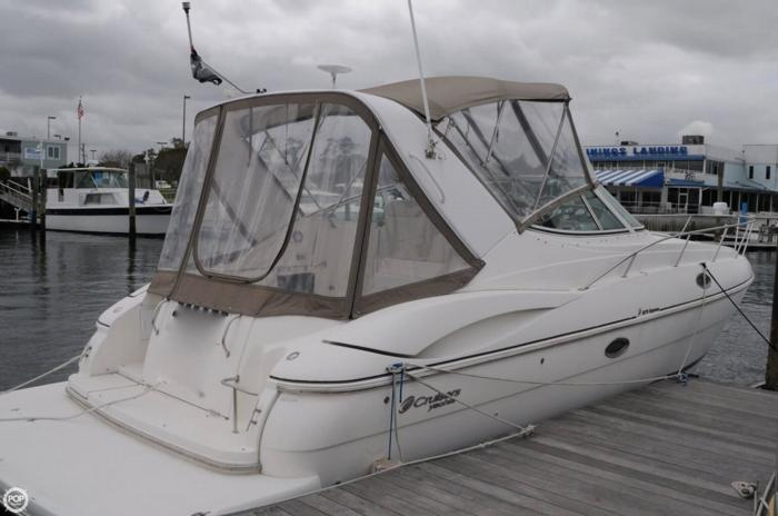 2003 Cruisers 3275 Express