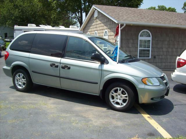 2003 dodge caravan se for sale in nashville illinois classified. Black Bedroom Furniture Sets. Home Design Ideas