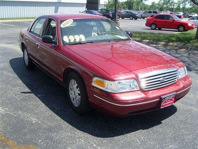 2003 ford crown victoria lx for sale in machesney park. Black Bedroom Furniture Sets. Home Design Ideas