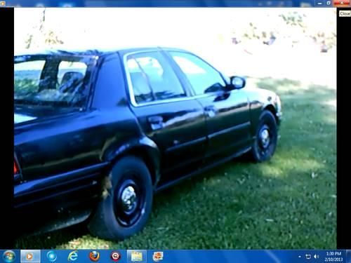 2003 Ford Crown Victoria police interceptor -black high