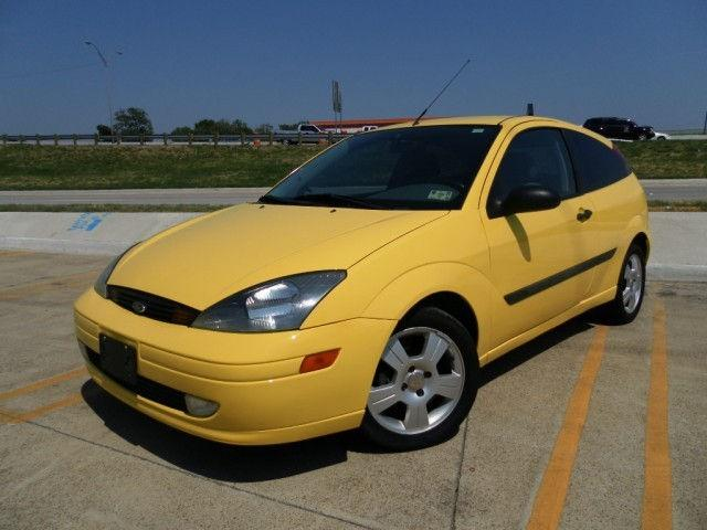 2003 ford focus zx3 for sale in dallas texas classified. Black Bedroom Furniture Sets. Home Design Ideas