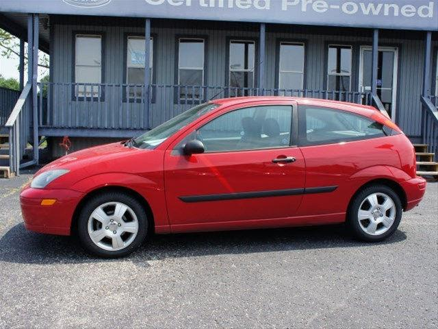 2003 ford focus zx3 for sale in sellersburg indiana classified. Black Bedroom Furniture Sets. Home Design Ideas