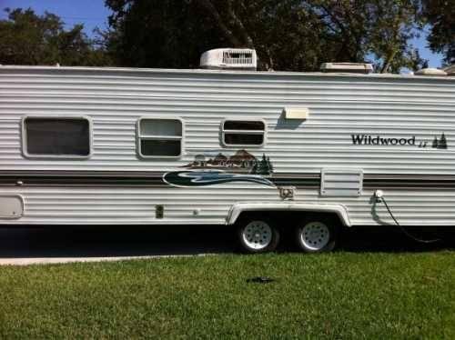 2003 forest river wildwood le travel trailer in stuart fl for sale in stuart florida. Black Bedroom Furniture Sets. Home Design Ideas