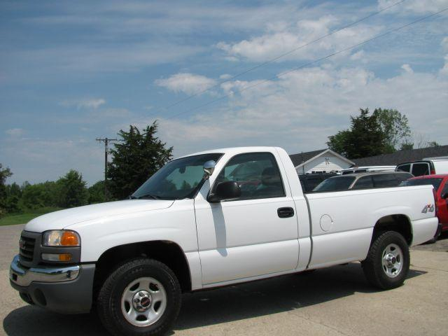 2003 gmc sierra 1500 work truck for sale in stanton michigan classified. Black Bedroom Furniture Sets. Home Design Ideas