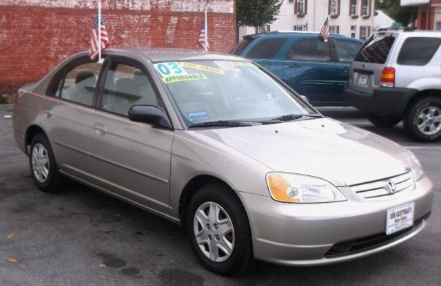 2003 Honda Civic 4dr sedan -ONE OWNER- Like New - Great