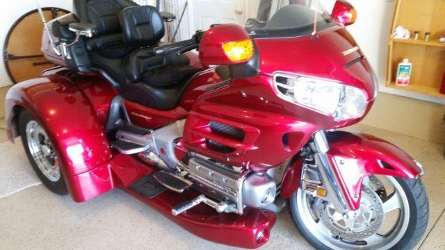 2003 Honda Goldwing Trike 1800 with 2010 Conversation Kit