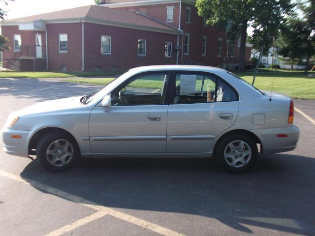 2003 hyundai accent gl for sale in dayton indiana. Black Bedroom Furniture Sets. Home Design Ideas