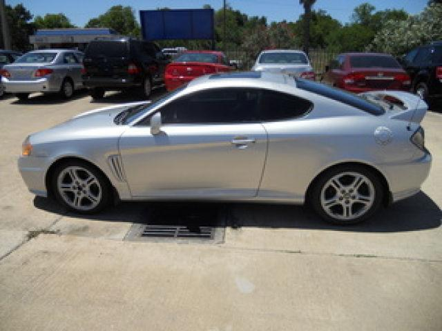 2003 hyundai tiburon gt v6 for sale in houston texas. Black Bedroom Furniture Sets. Home Design Ideas