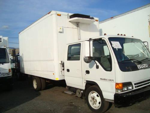 2003 Isuzu Crew Cab Reefer 16 ft Non CDL Truck for Sale in
